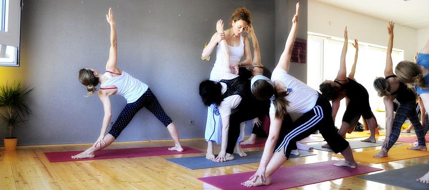 Dvogodišnji joga program - naslovna