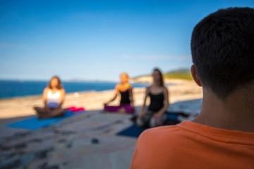 Meditacija na Bilom Boku - Vis