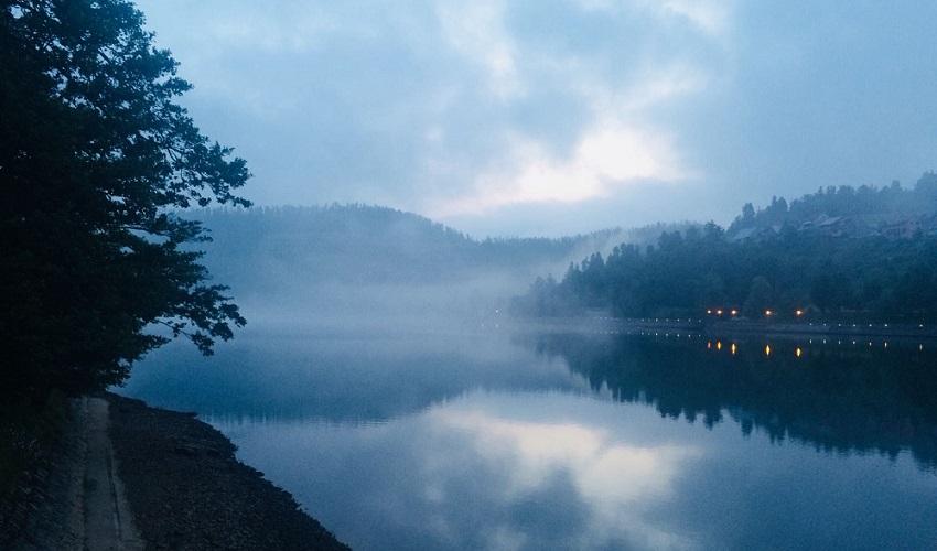 Meditacija uz jezero